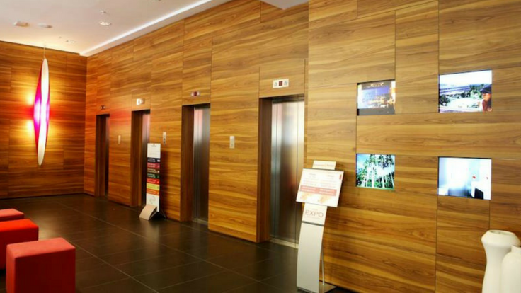 lift lobby on rent