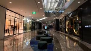 shopping centre unit