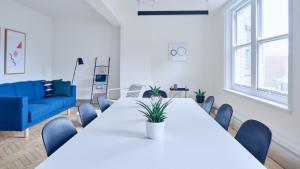 conference halls on rent